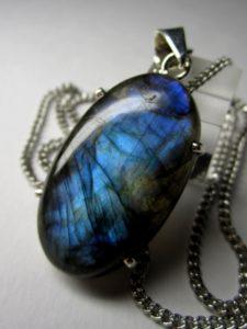 лунный камень лабрадор