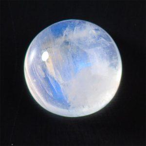 Лунный камень адуляр
