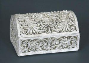 Хрустальная шкатулка для украшений