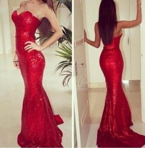 Блестящее Красное платье в поедках