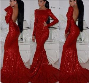 Блестящее красное платье