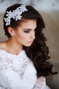 Украшение для волос с диадемой